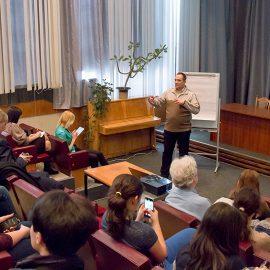 """""""Як презентувати свій стартап"""" від Олексія Струцинського"""